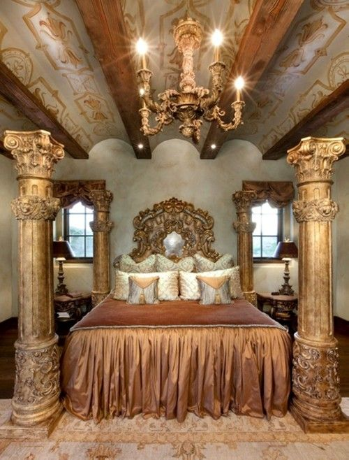 Grand/Large bed with 4 columns