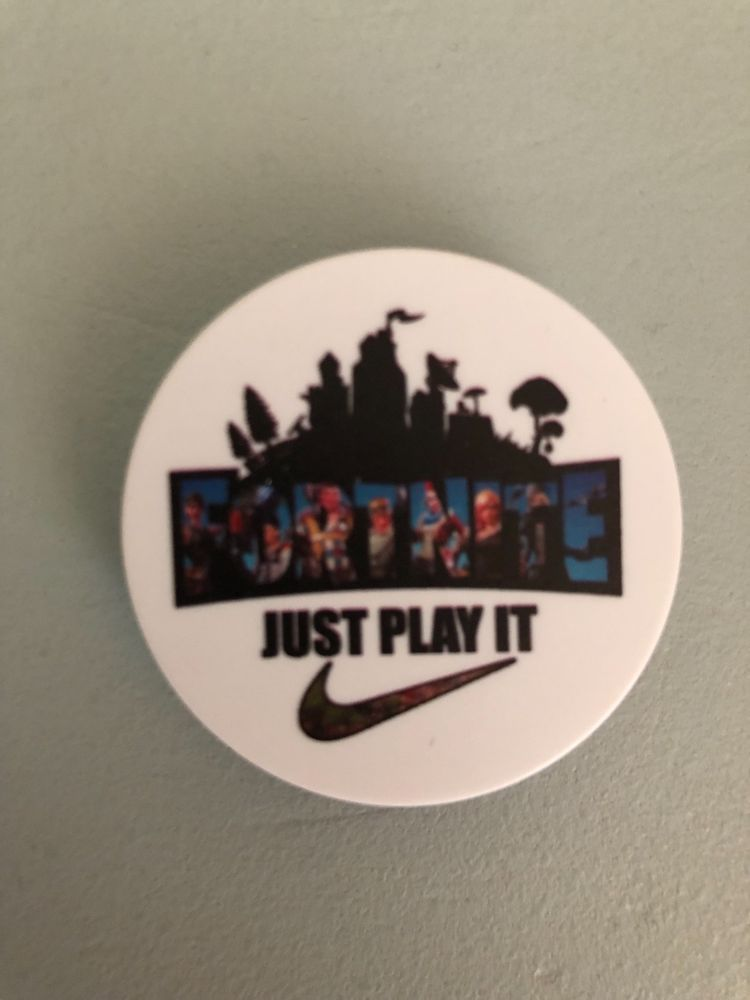 Fortnite Mounted Popsocket Type Device Just Play It For Cell Phone