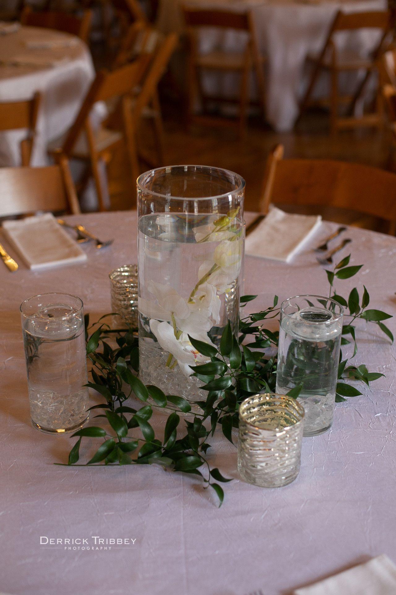 Diy wedding table decorations ideas  DIY wedding centerpiece  floating flower wedding centerpiece