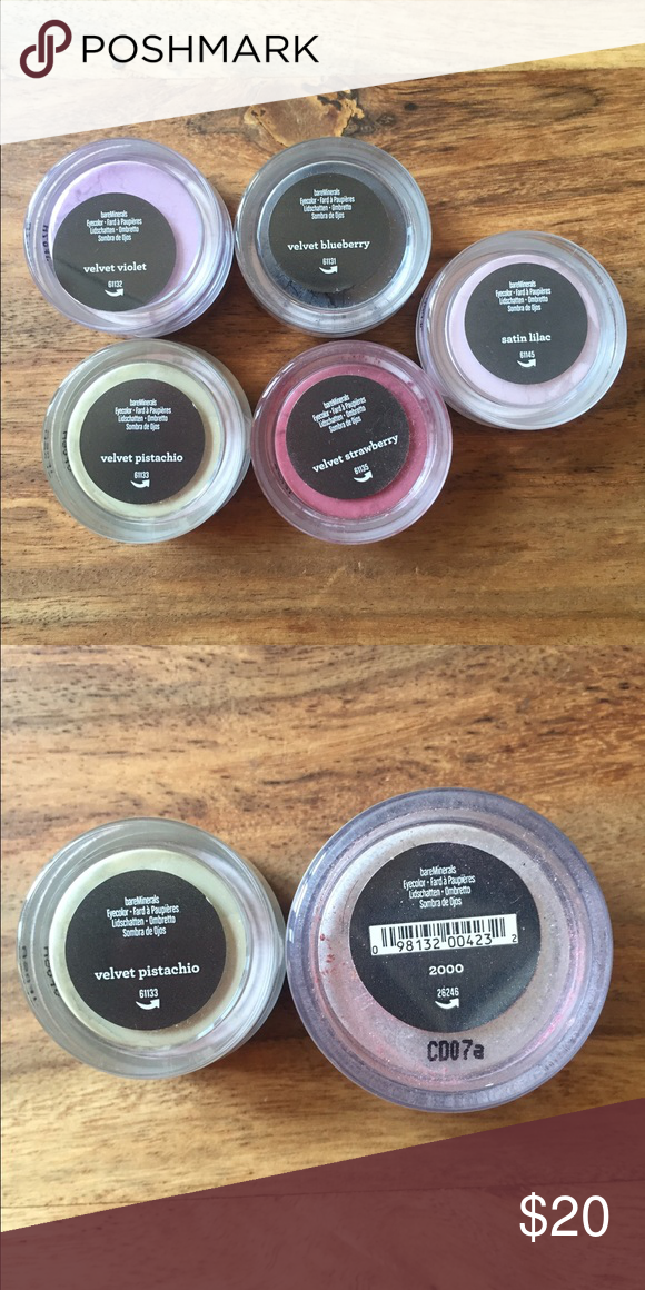 🆕 BareMinerals eyeshadow bundle The colors are velvet violet, velvet blueberry, velvet strawberry, velvet pistachio, and satin lilac. Beautiful colors never been open or used. The second pic shows that they are not the regular size, they are smaller. The big eyeshadow is not for sale. Have any questions let me know! New without tags. bareMinerals Makeup Eyeshadow