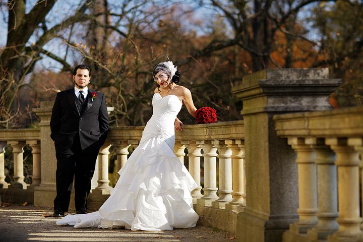 Wedding Poses For Bride And Groom Google Search