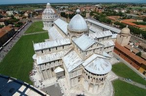 Pisa Cathedral The Cruciform Plan Is Evident In This Panoramic Photo The Aspe Is In The Foreground Cathedral Sacred Architecture Architecture