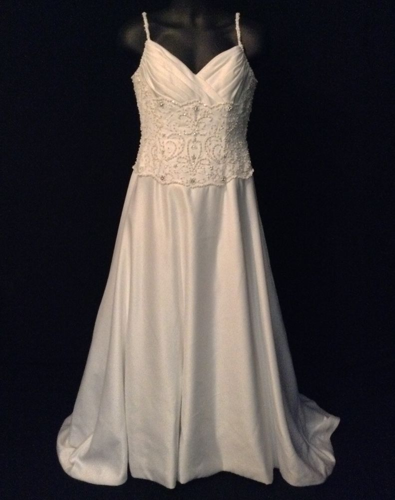 Christian Michele White Silk A Line Wedding Gown Sleeveless Beading ...