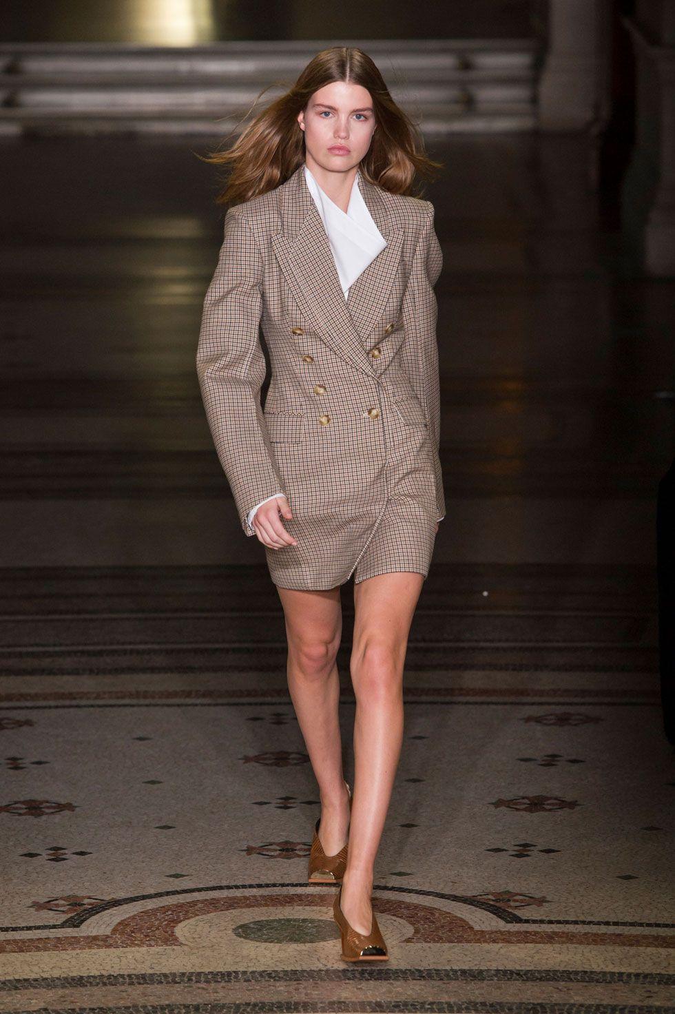 Paris_Fashion_Week-Fall_Winter_2015-Street_Style-PFW-Poppy