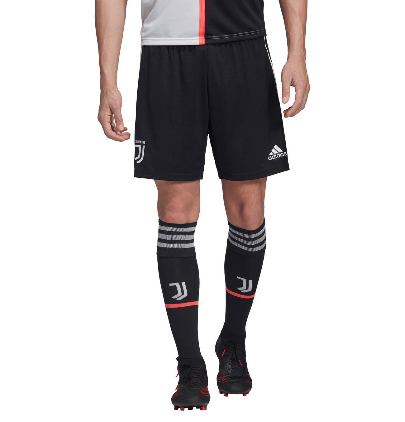 Juventus Turin Shorts Home   Schwarze adidas, Mode und Schwarz