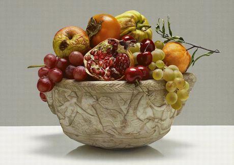 Luciano Ventrone - Vaso con frutta