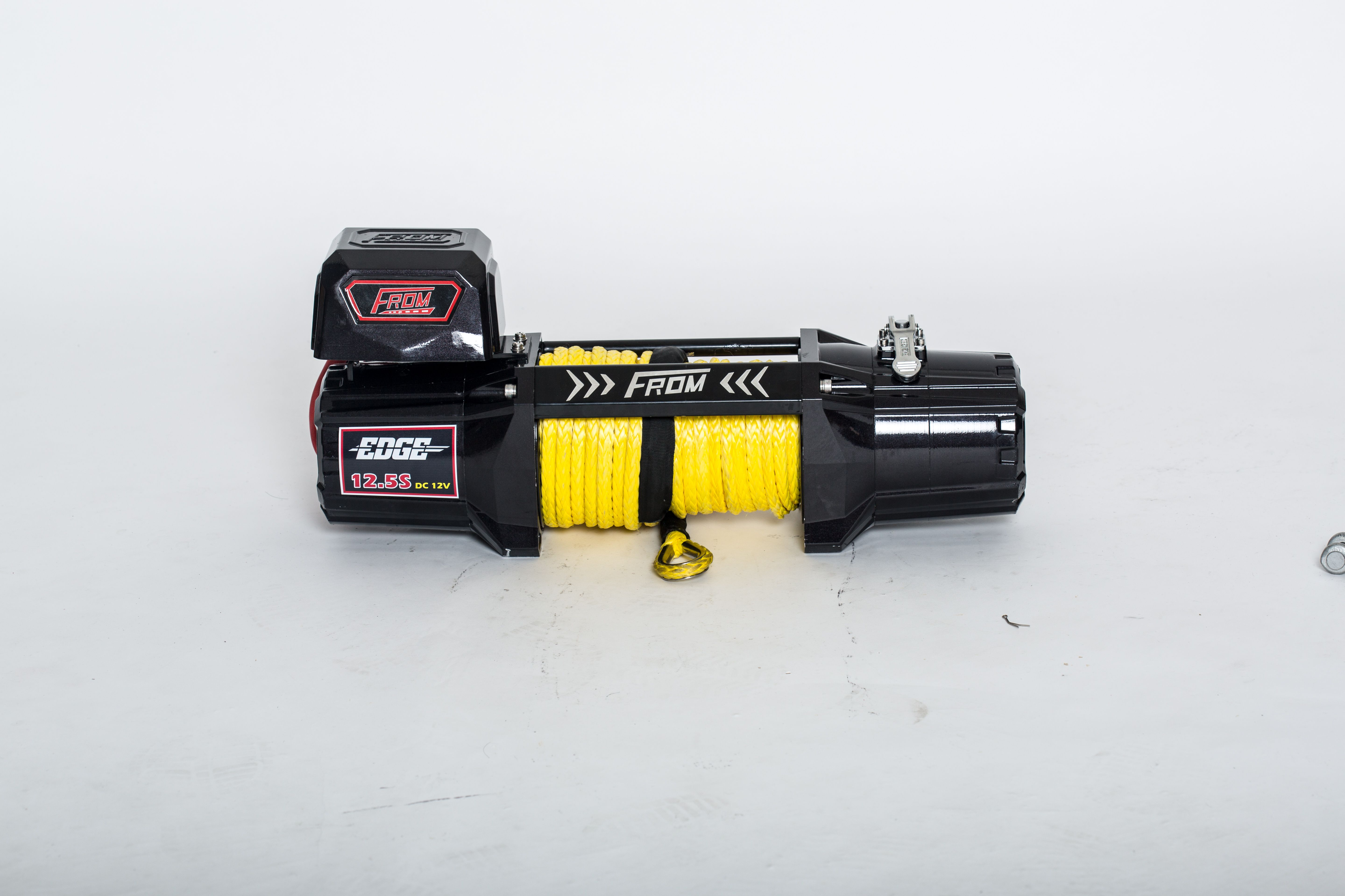 the full range of fromwinch s heavy duty electric winch is 9600 lb electric winches comes out high speed motor synthetic rope from heavy duty electric winches delivery the best performance for your off road