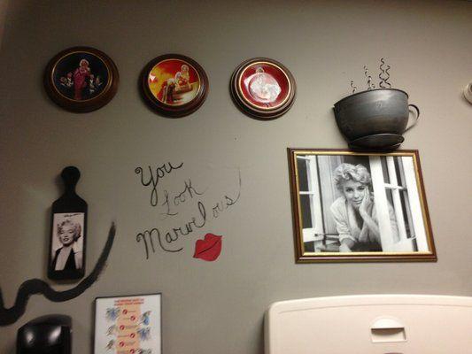 9 astonishing marilyn monroe bathroom decor ideas photograph rh pinterest com