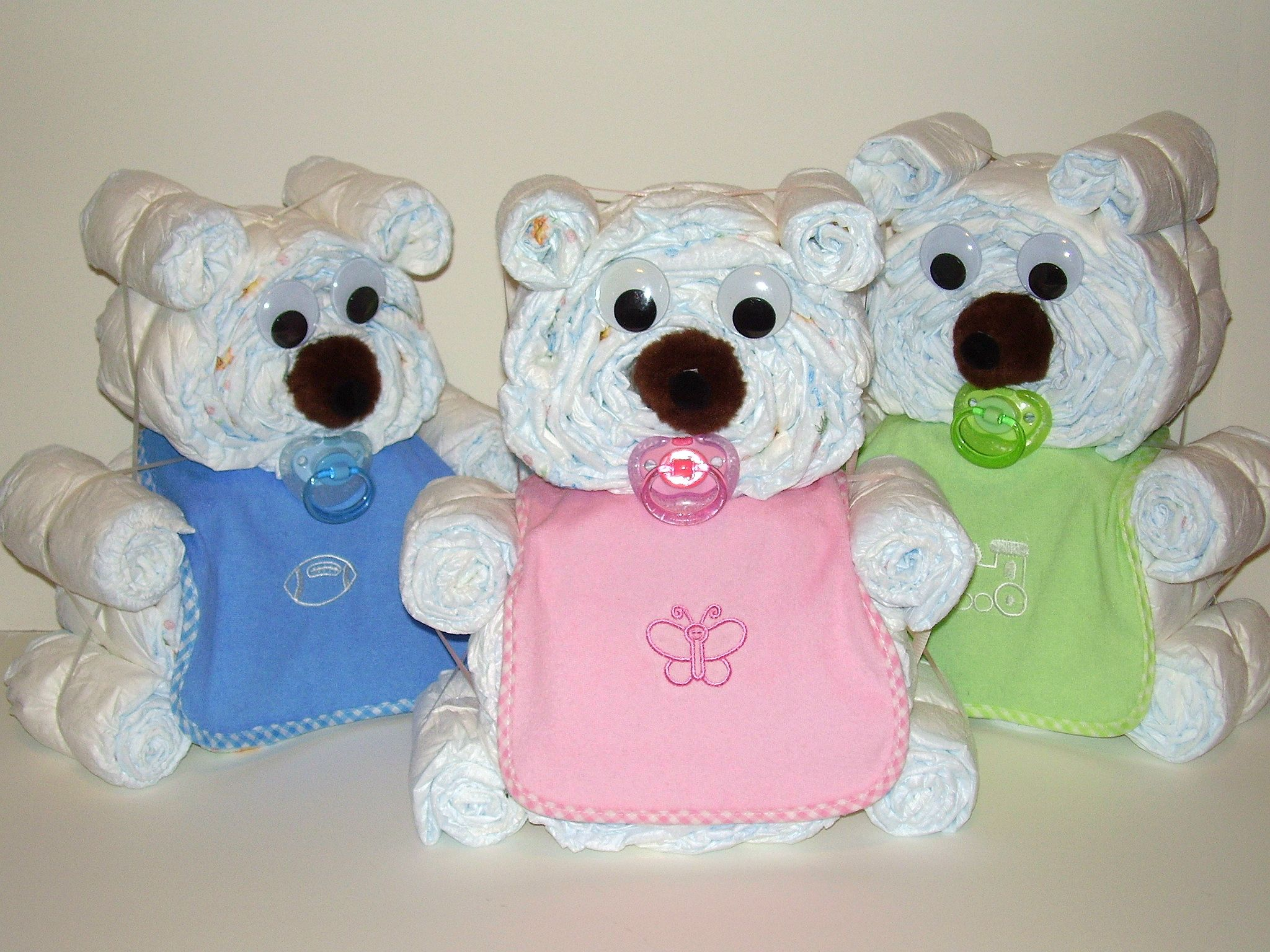 Clever baby shower ideas bear yahoo search results for Baby diaper decoration ideas