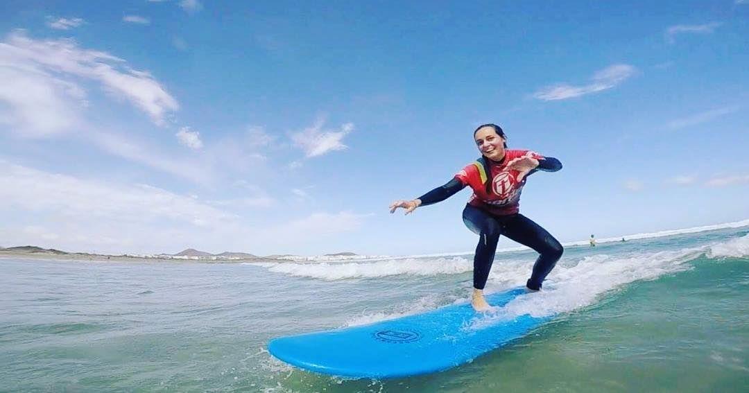 Buen #feeling buenas #experiencia  buenas #olas  #surflessons #surfcoach #surflanzarote #lanzarotesurf #lanzarote #famara #islascanarias #surfcanarias #surfschool #escueladesurf #surfschoollanzarote #surfschule #surfing #surf #surfers #surfparadise #surfteguise http://ift.tt/SaUF9M