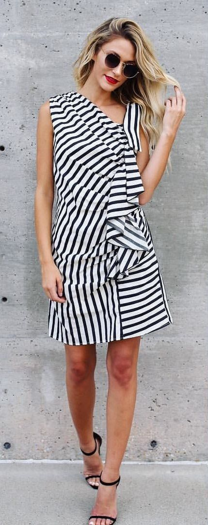 100+ Hot Summer Outfit Ideas To Try Right Now