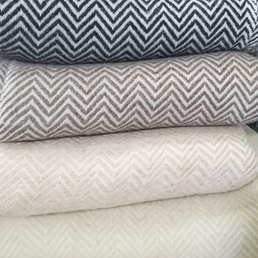 Hand woven cashmere throw blankets. . . . . #handloom #handwoven #weaving #cashmere #blankets #bedding #sustainablefashion #luxuryfashion #ethicalfashion #madeinnepal #weaversofinstagram #throwblanket #chevronpattern #oatmeal #smallbusiness #throwblanket #decor #home #offwhite #taupe #ivory #interiordecor #chevron