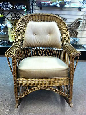 GORGEOUS ANTIQUE WICKER ROCKING CHAIR (RATTAN MANUFACTURING CO) Circa  1920 30S