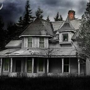 They Left Suddenly A Void Once Filled With The Bustle And Voices Of My People Now Fills My Rooms M Abandoned Houses Old Abandoned Houses Abandoned Mansions