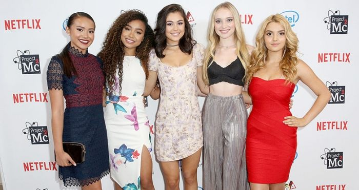 Project Mc2 Is Back With A 5th Season On Netflix New Toys For Fall Project Mc2 Project Mc Mika Abdalla