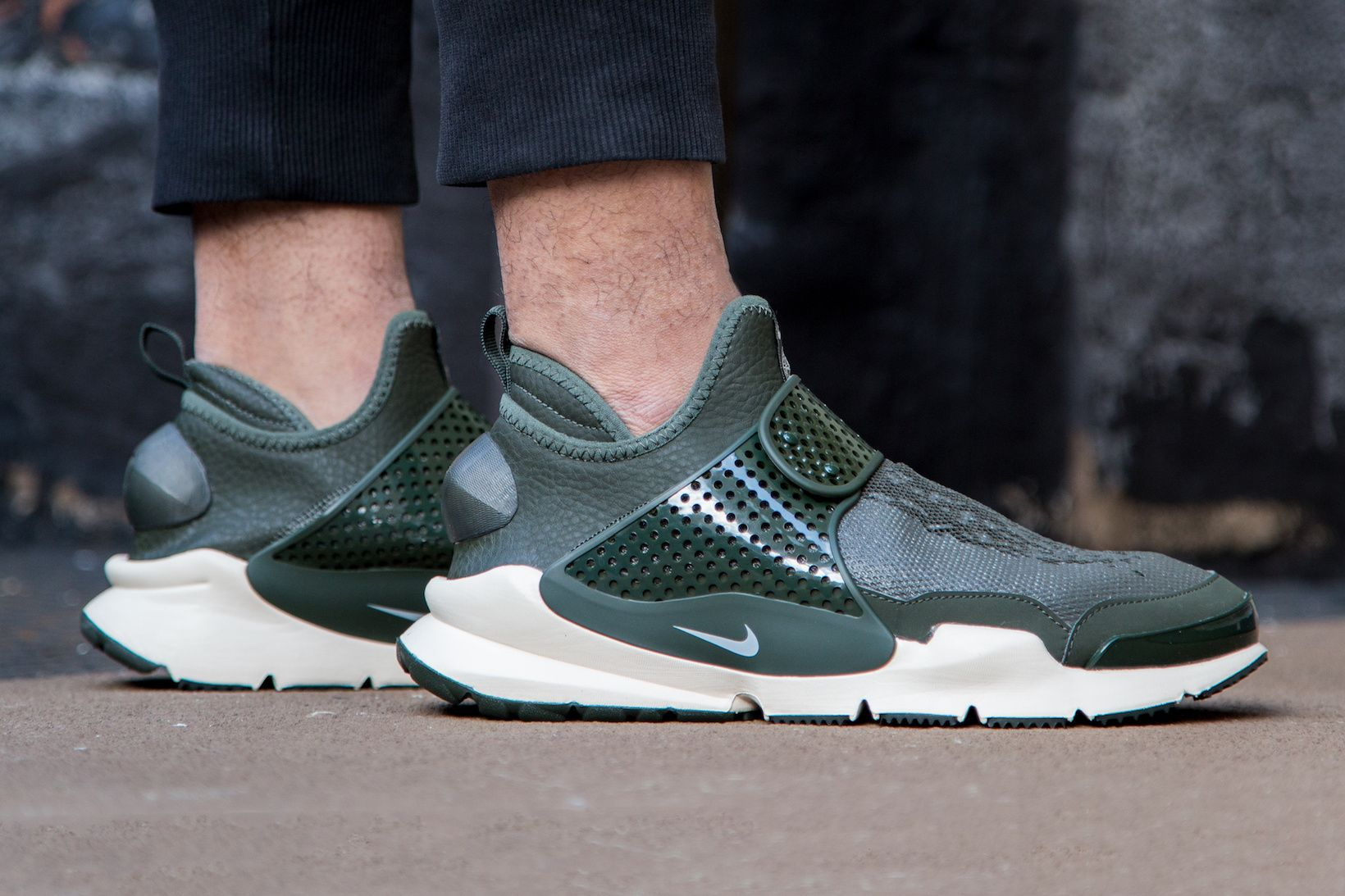 An #OnFeet Look at the Stone Island x NikeLab Sock Dart Mid