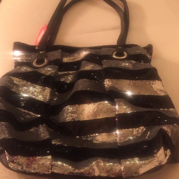 Black and silver sequin Candies bag NWT Candies Sequin Purse retail 50 limited edition Candie's Bags