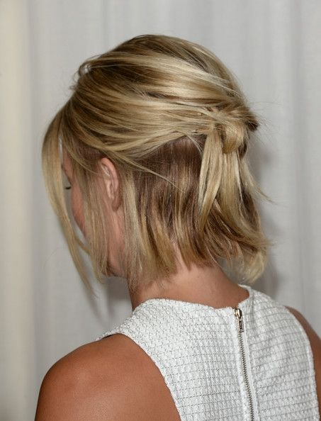 Ways To Style Short Hair 10 Festive Ways To Style Short Hair During The Holidays  Short Hair