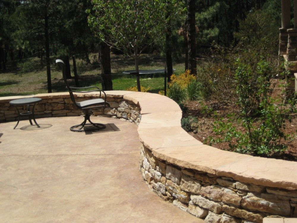 Seating Walls Are A Great Functional Addition To Your Outdoor Living Space.  Freestanding Siloam Stone Walls With Flagstone Caps Provide Enclosure And A  Sur