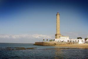 De la Torre de Hércules al faro de cabo de Gata, una decena de torres que nos guían por la costa