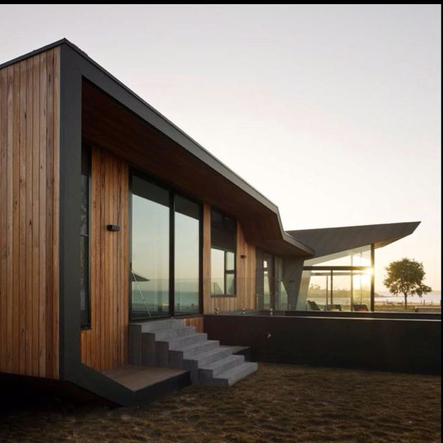 Yeah, if this was my house I would not mind the sand coming in...