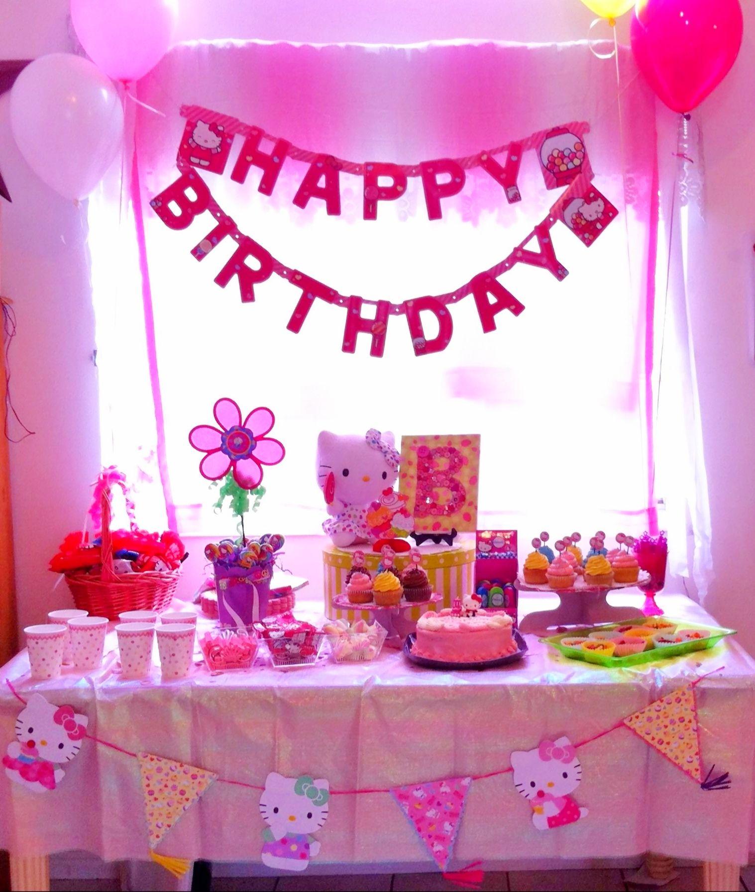 hello kitty birthday party table decoration  b's 4th