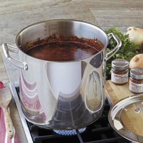 chefs never burn sauce pot chefscatalog com dec 2014 7qt 175