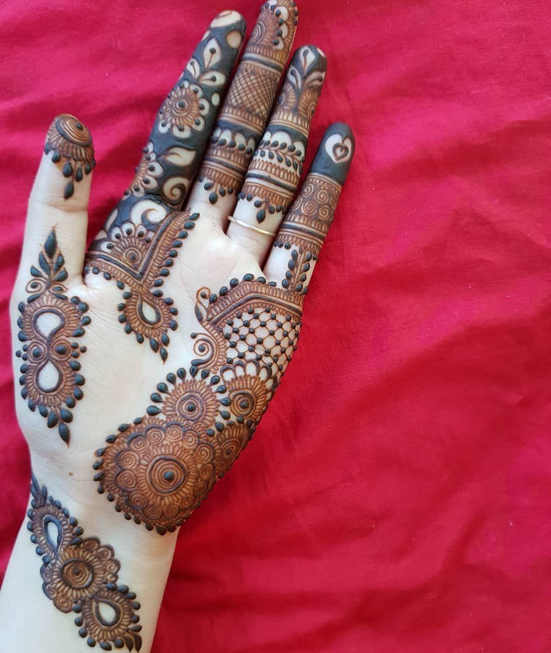 finger mehndi designs front hand
