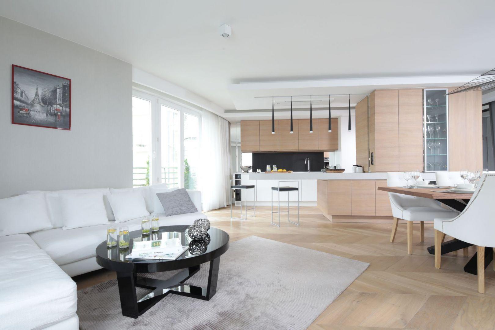 Pin on Salon z kuchnią i jadalnią/Open Plan Kitchen Living