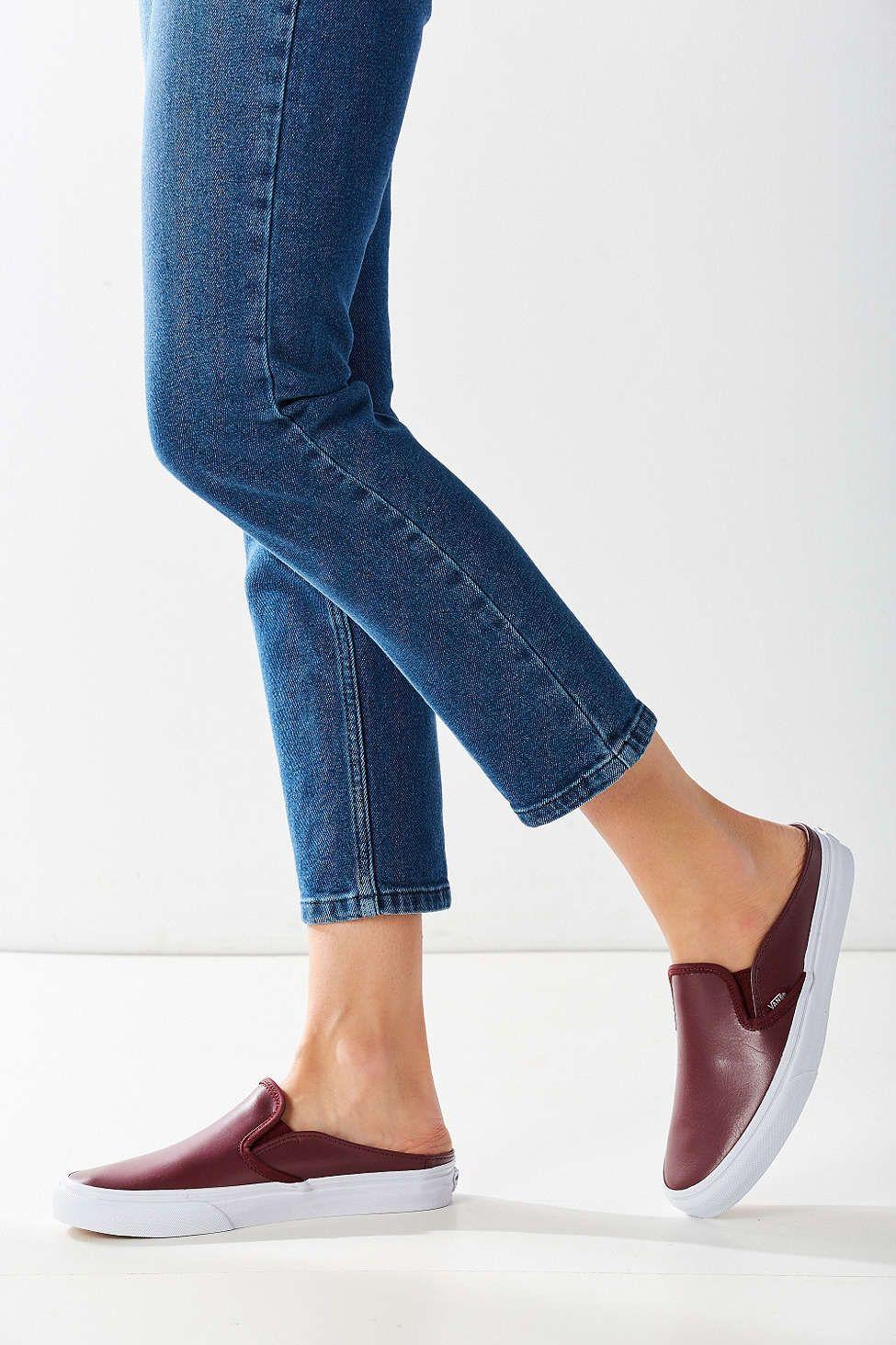 5e926b810936 Vans Classic Slip-On Mule Sneaker