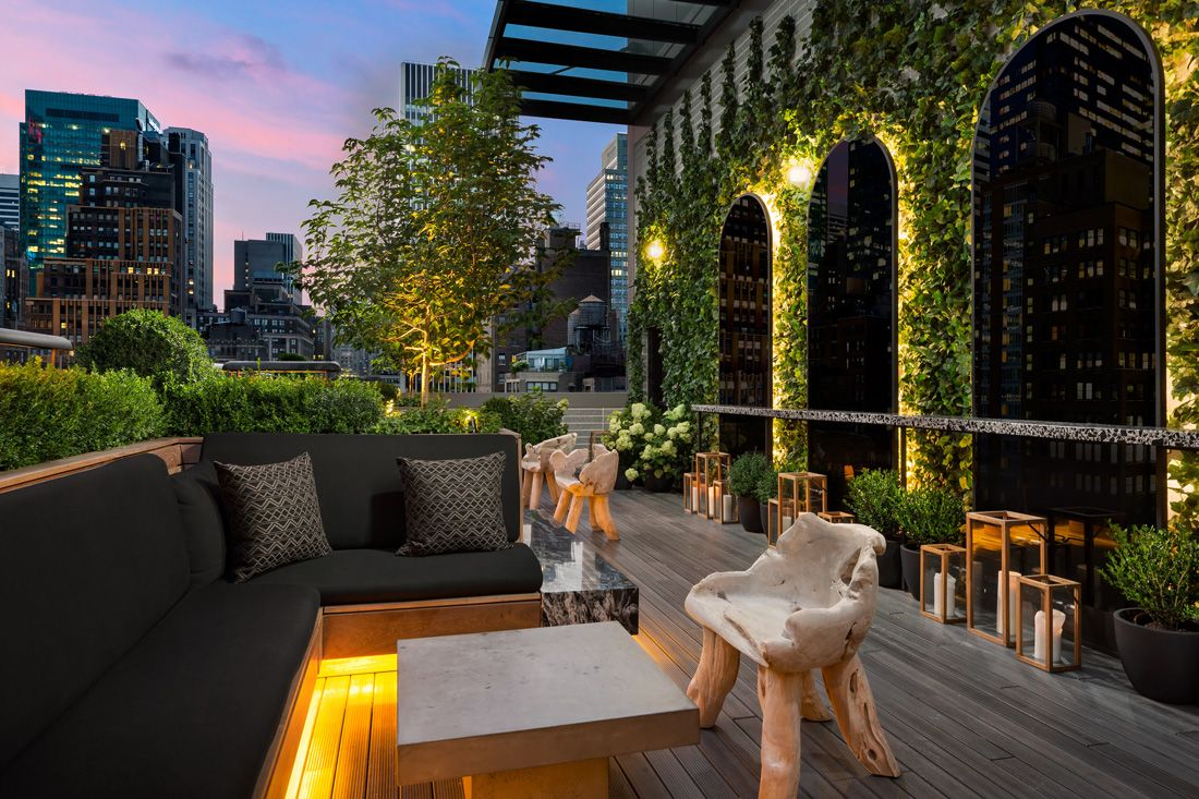 25 Best Rooftop Bars In Nyc With Epic Skyline Views Rooftop Bars Nyc Rooftop Bar Design Rooftop Restaurant Design