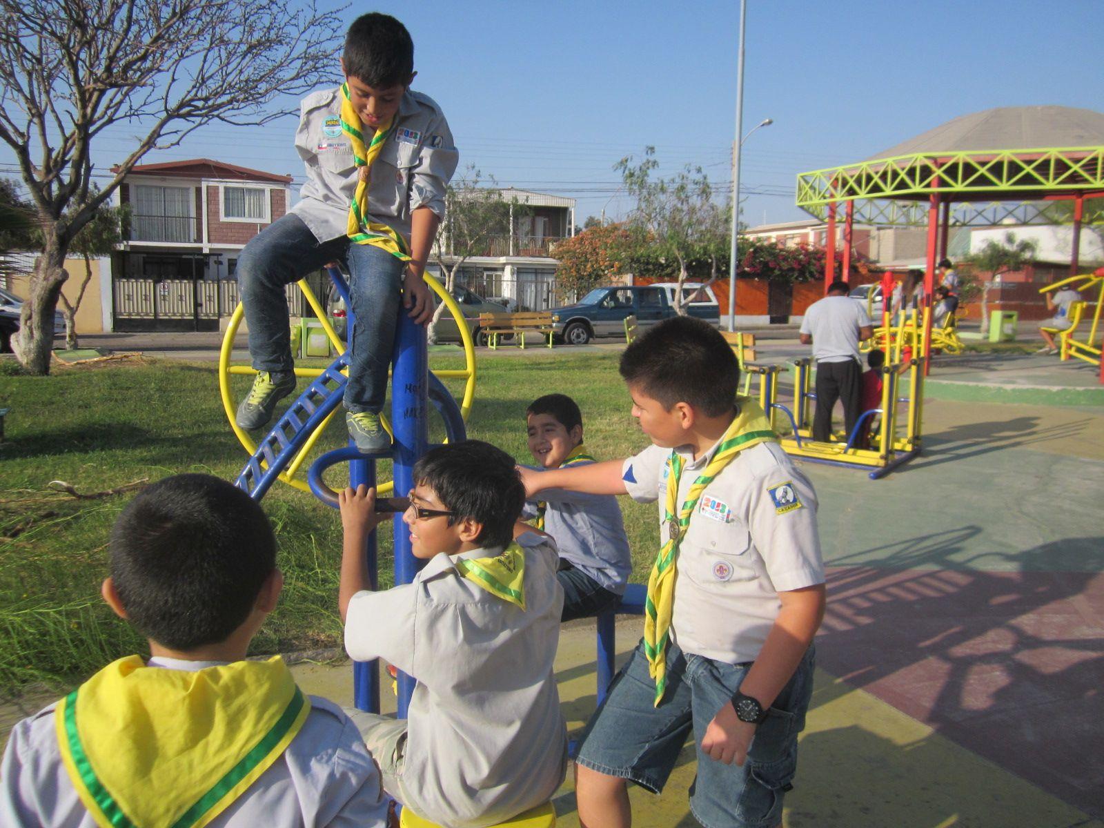 en la plaza Bonilla   #scout    #Arica    #muchachosdesanjorge