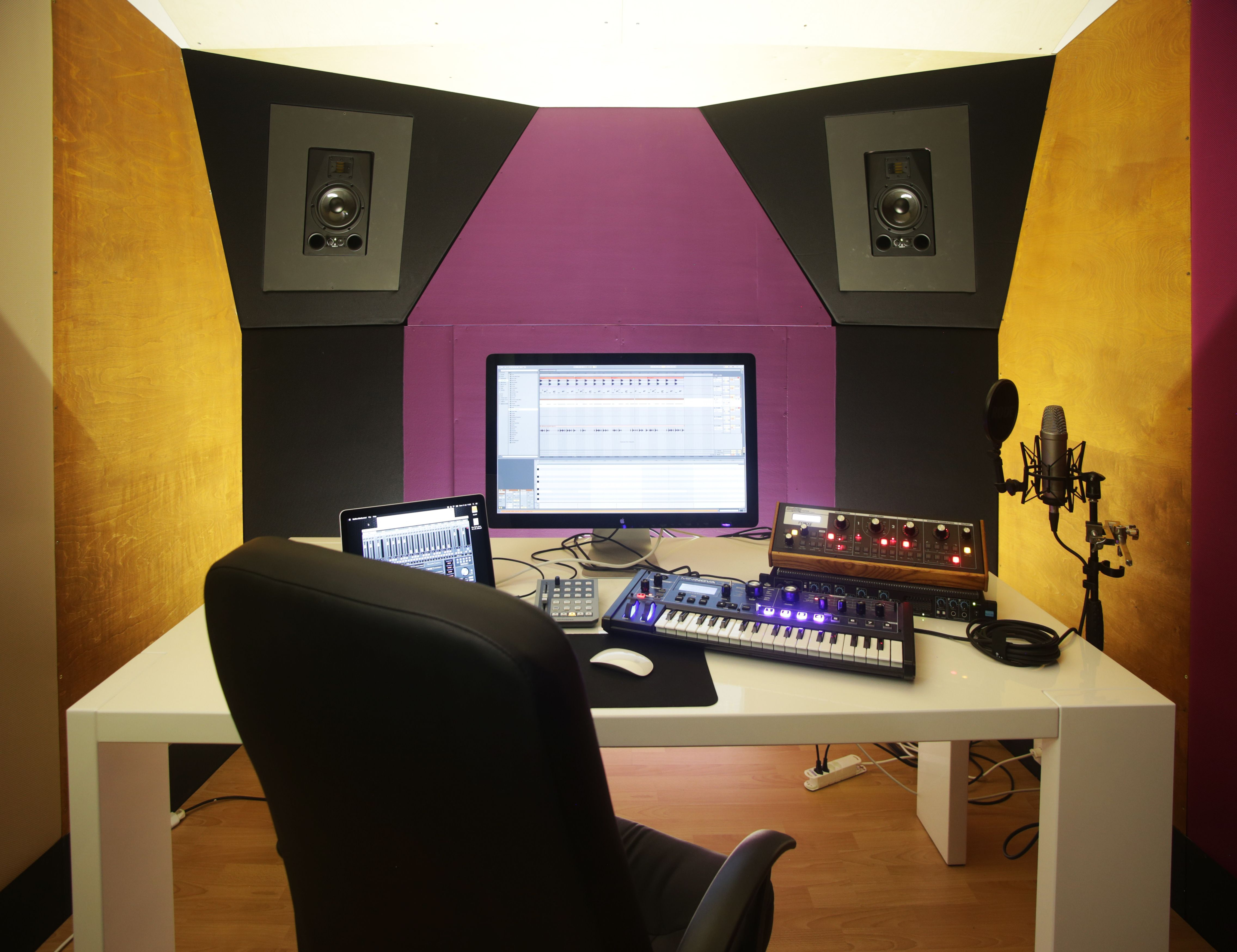 Studio di registrazione Pannelli acustici, Design