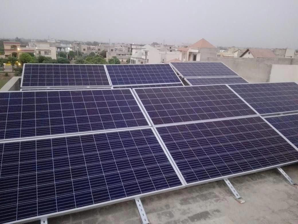 10kw System Installed In Lake City Solar Solutions For Your Home Offices Call Sms Whatsapp 0321 4850907 042 35400420 In 2020 Solar Panels Solar Best Solar Panels