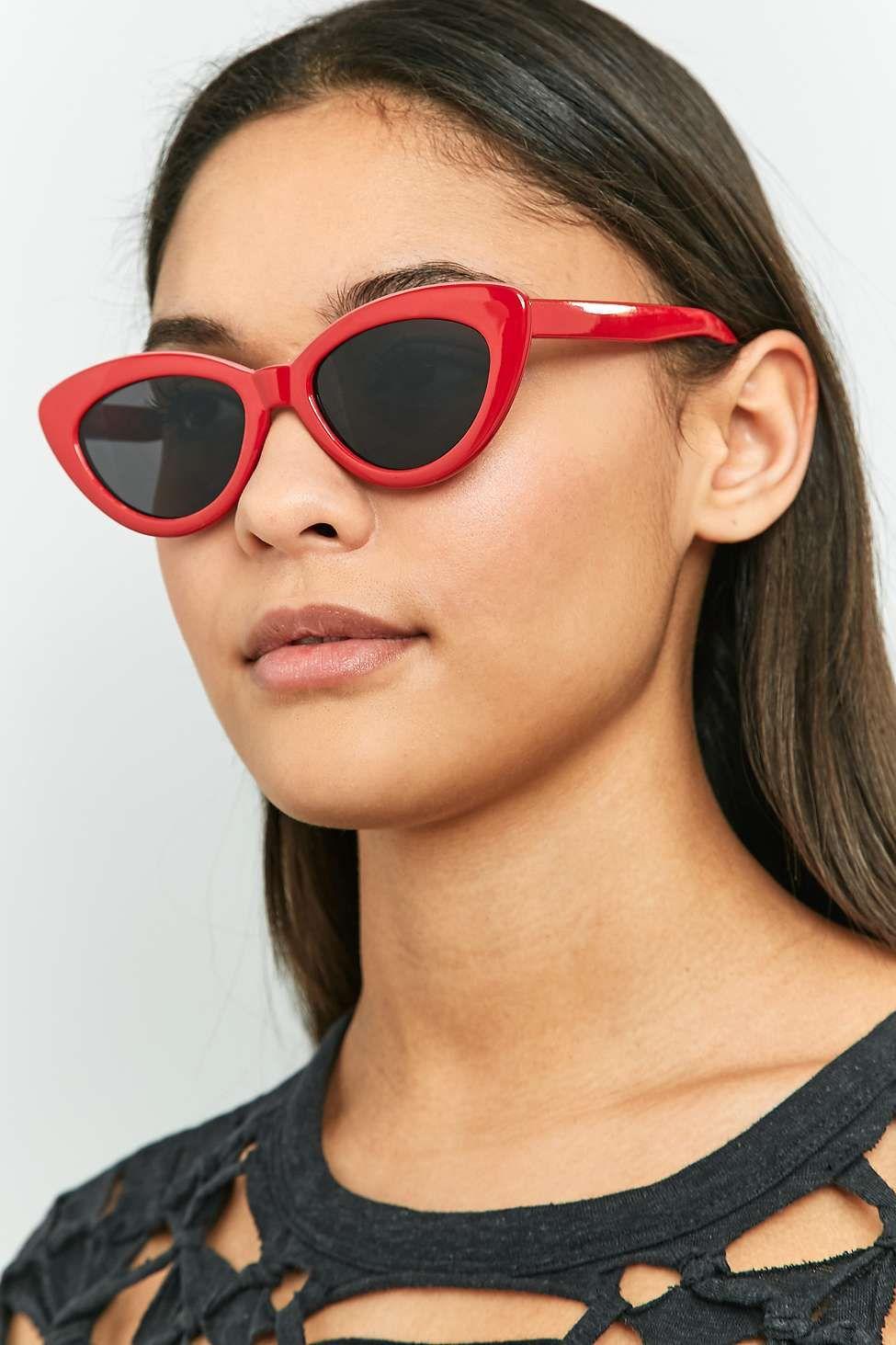 e01419b8ba677 Extreme Cat Eye Sunglasses - Urban Outfitters
