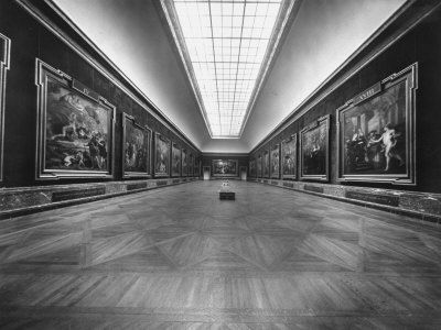 louvre-make room for me!