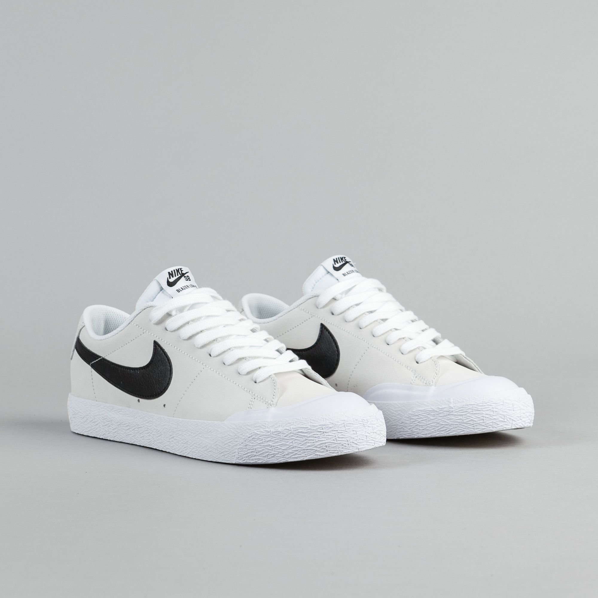 nike blazer low white black