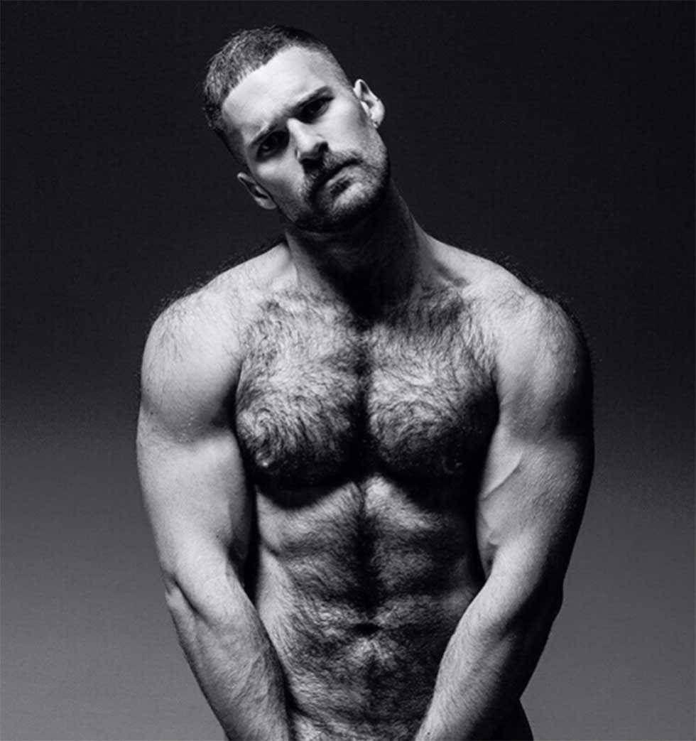 Экстремальный сексуальными голые мужики без всего фото увидел