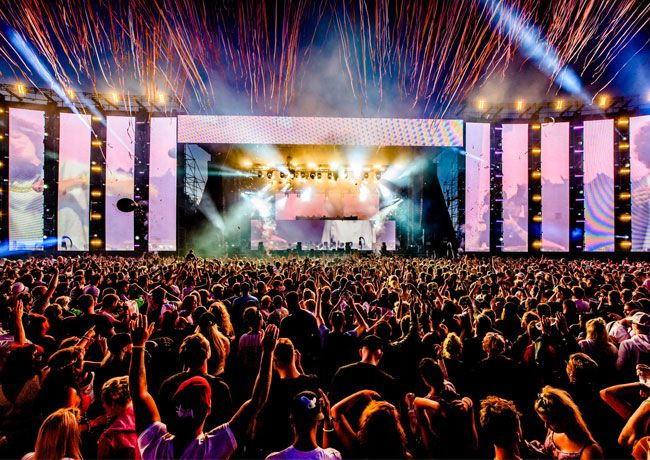Creamfields The Iconic Uk Dance Music Festival Showcases A Lineup Of Superstar Djs And Artists From The Worlds Of Edm House Trance D B Stages Stage