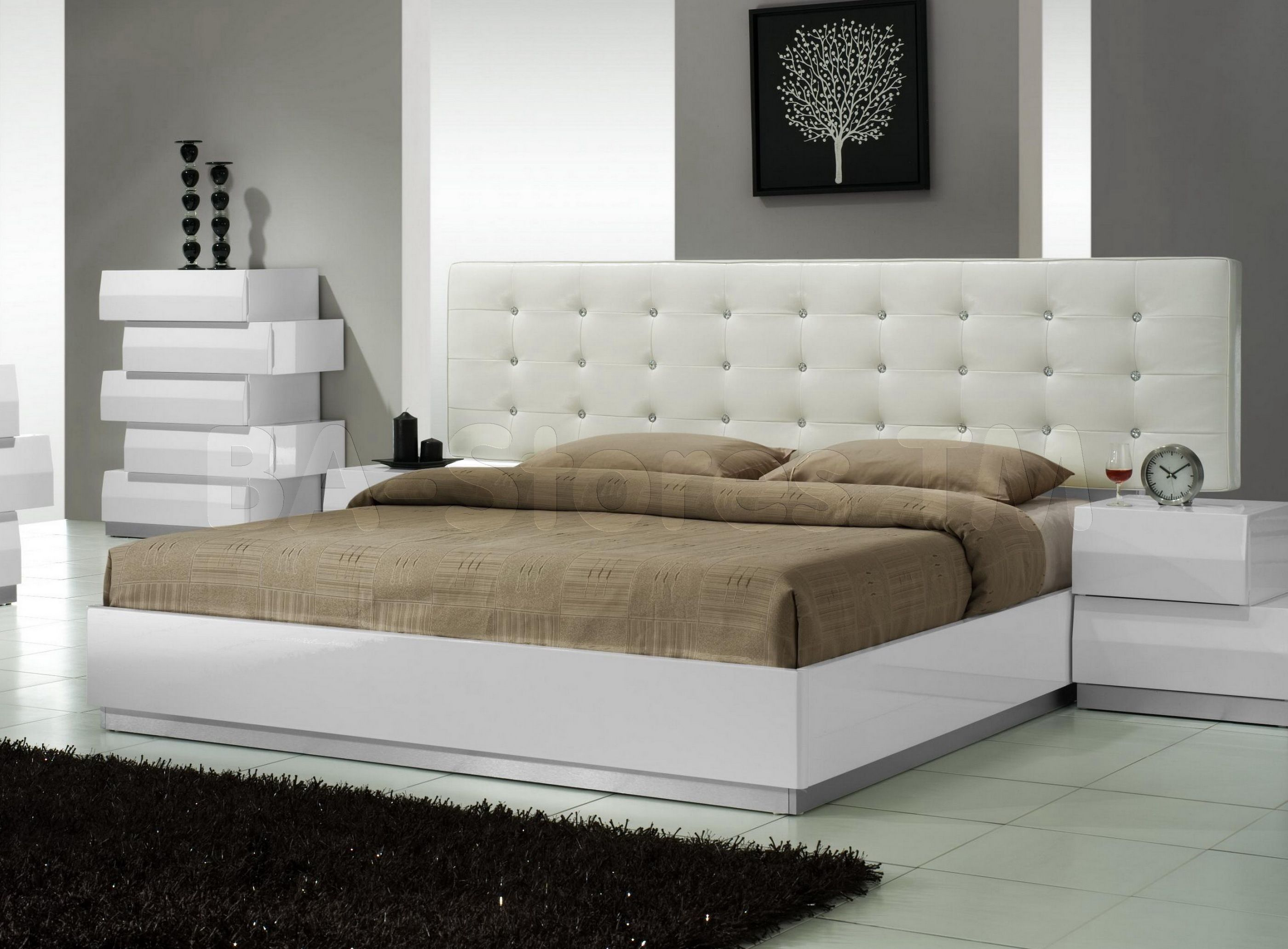 Milan Bed with Leatherette Headboard by J&M (mit Bildern