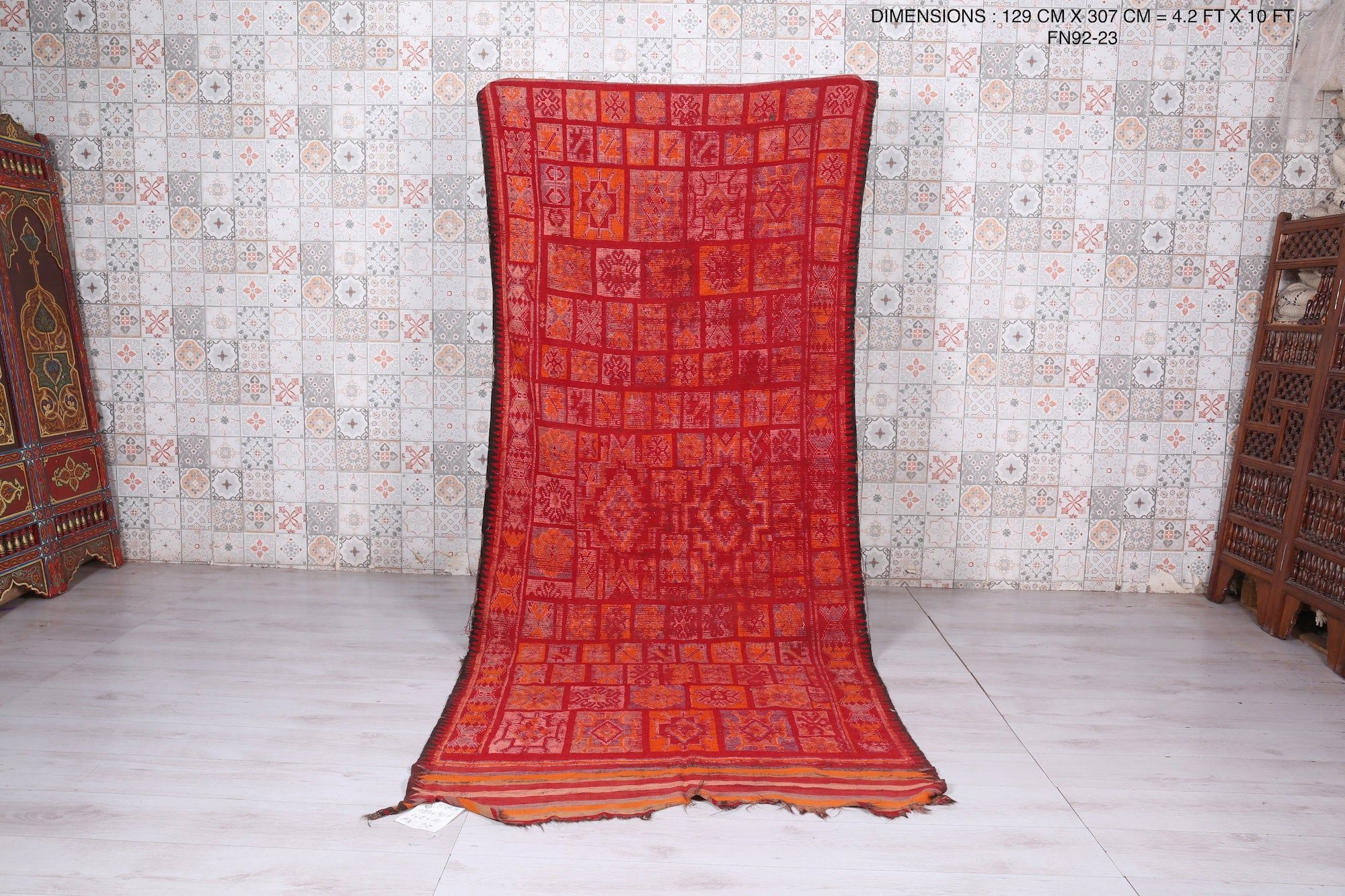 Red Hallway Berber Hallway Rug 4 2ft X 10ft Morocco Carpet Red Runner Living Room Decor Original Rug Boyfriend Gifts In 2020 Moroccan Rug Boucherouite Rug Beni Ourain Rugs