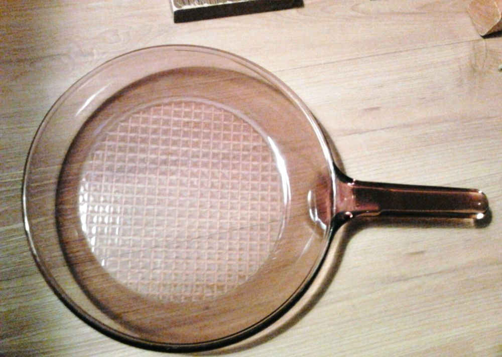 Corning visions amber 10 inch skillet fry pan waffle bottom glass corning visions amber 10 inch skillet fry pan waffle bottom glass made in usa corning negle Images