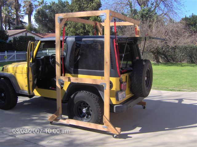 Jeep Hardtop Outdoor Hoist I Need This Since I Can T Fit In The
