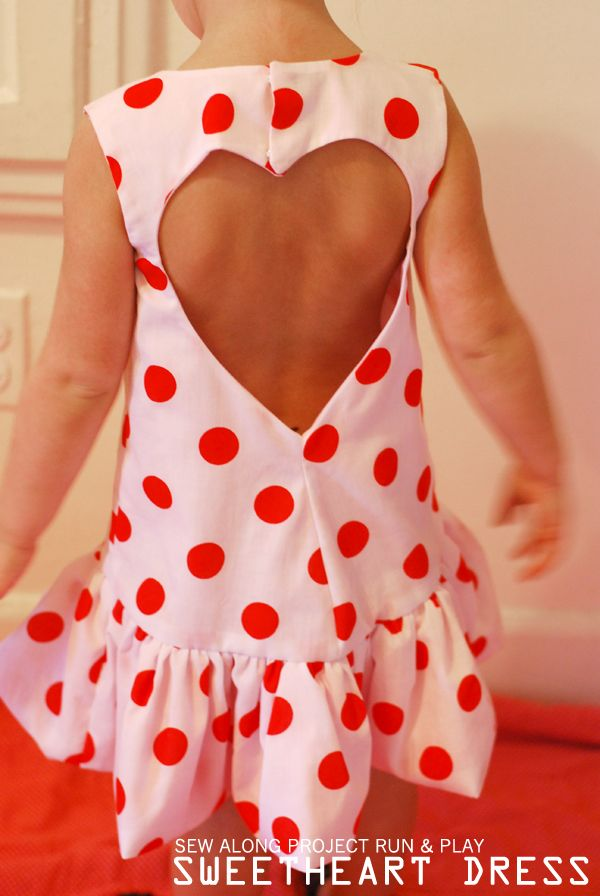 Beautiful reversible dress by Celina - let's do sew: --- Sweetheart Dress -- Project Run & Play --- claradeparis.com ♥