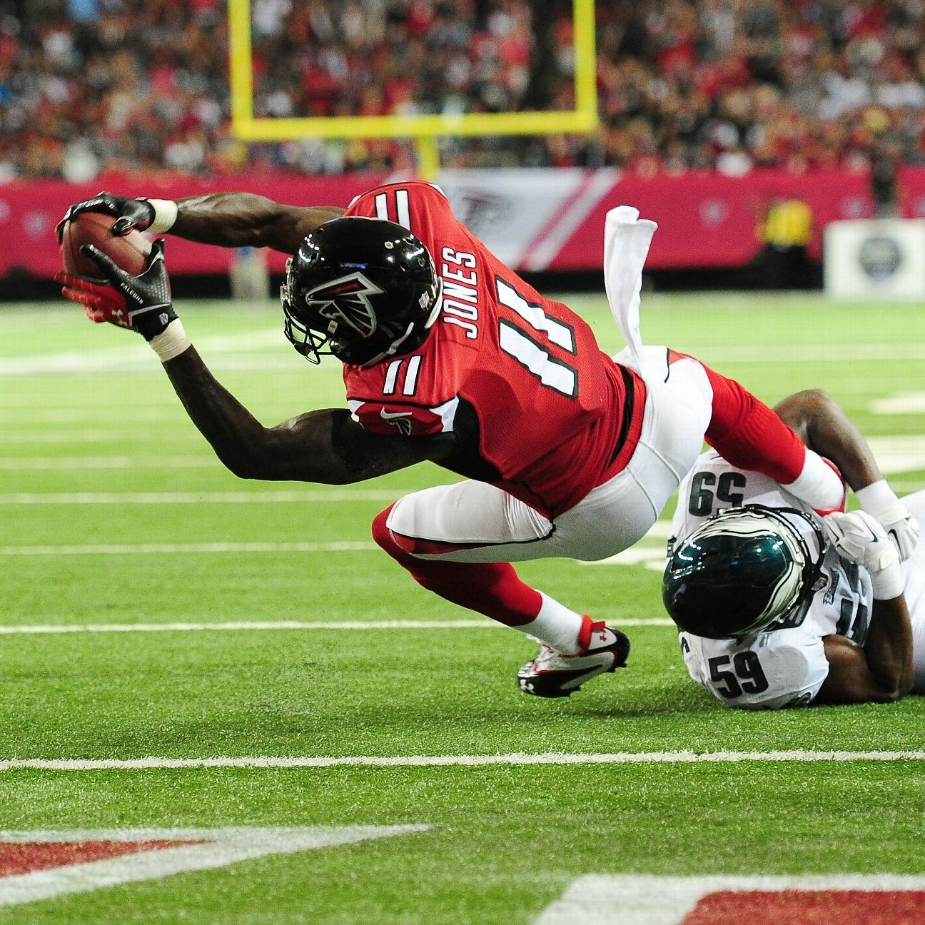 Julio Jones Gives Atlanta Falcons Their Money S Worth In Opening Win Atlanta Falcons Blog Espn Julio Jones Fantasy Football Shirt Fantasy Football