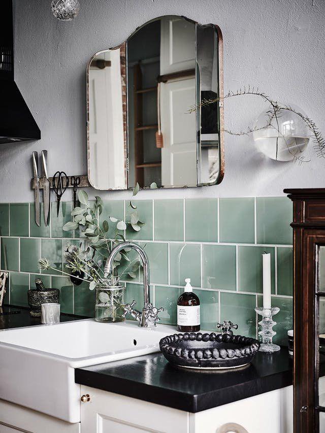 Inexpensive U0026 Timeless Kitchen Backsplash Ideas | Apartment Therapy