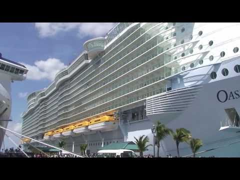 Oasis Of The Seas Tour - Now I really want to go on this ship.