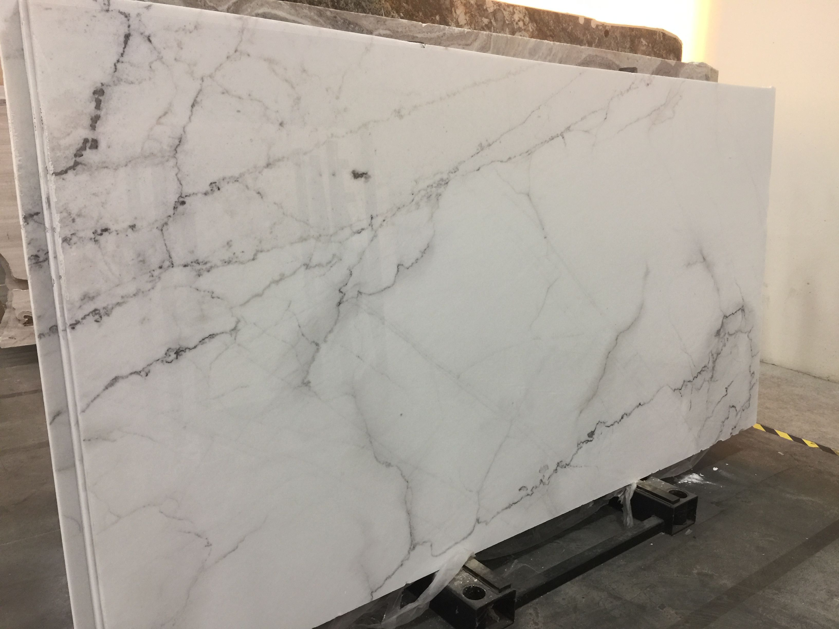 Amazing Marble Slab Called Calacatta Colorado Marble Slab Lake House Quartz Countertops