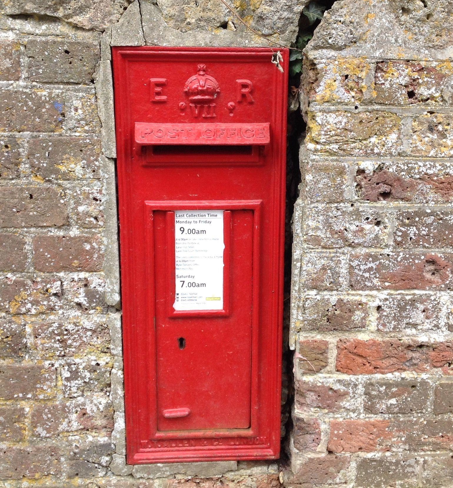 Edward Vii Post Box Bembridge Iow 13 9 15 Swains Road Antique Mailbox Post Box Telephone Box