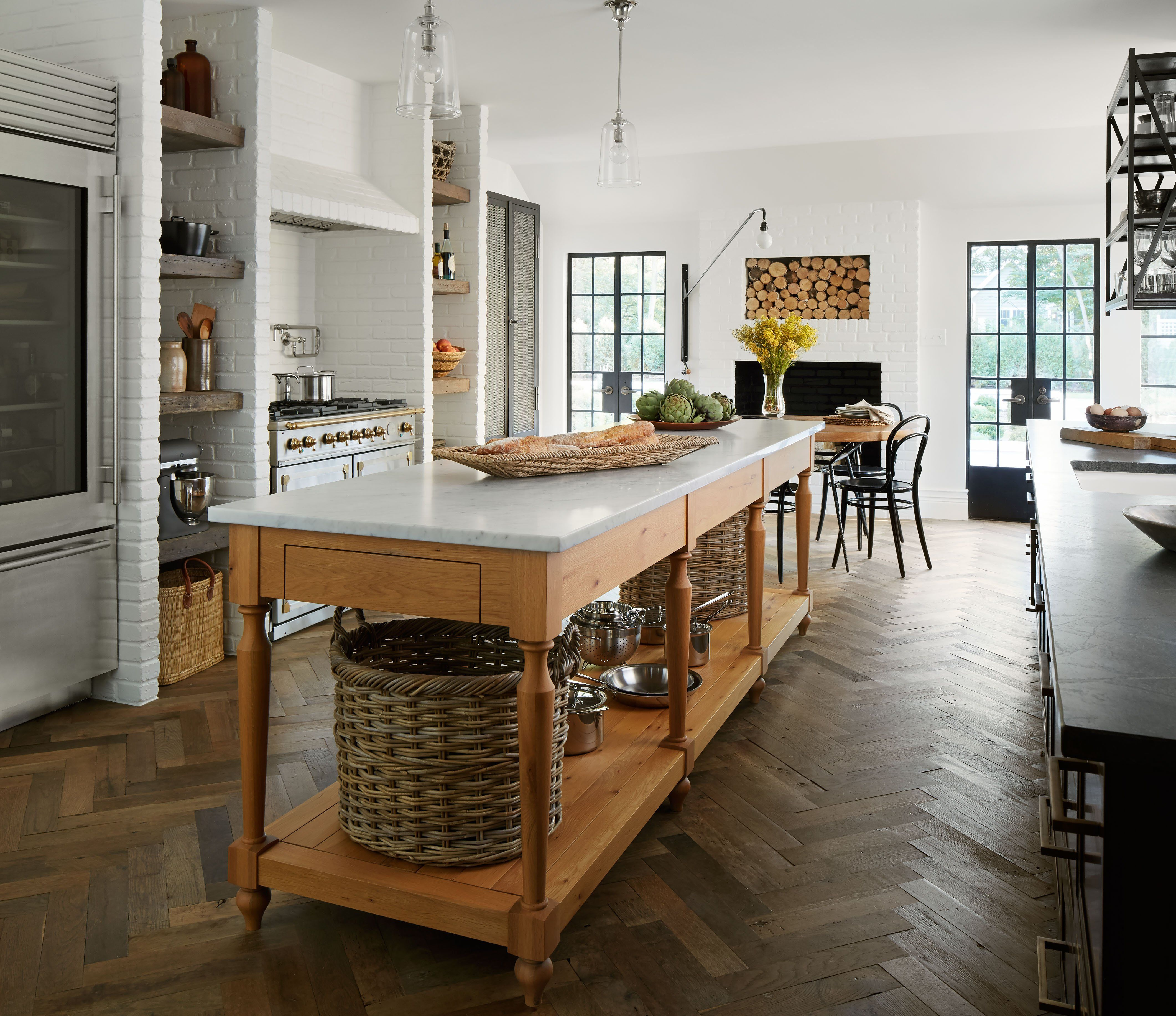 Charmant Kitchen In Bloomington, IL By Summer Thornton Design